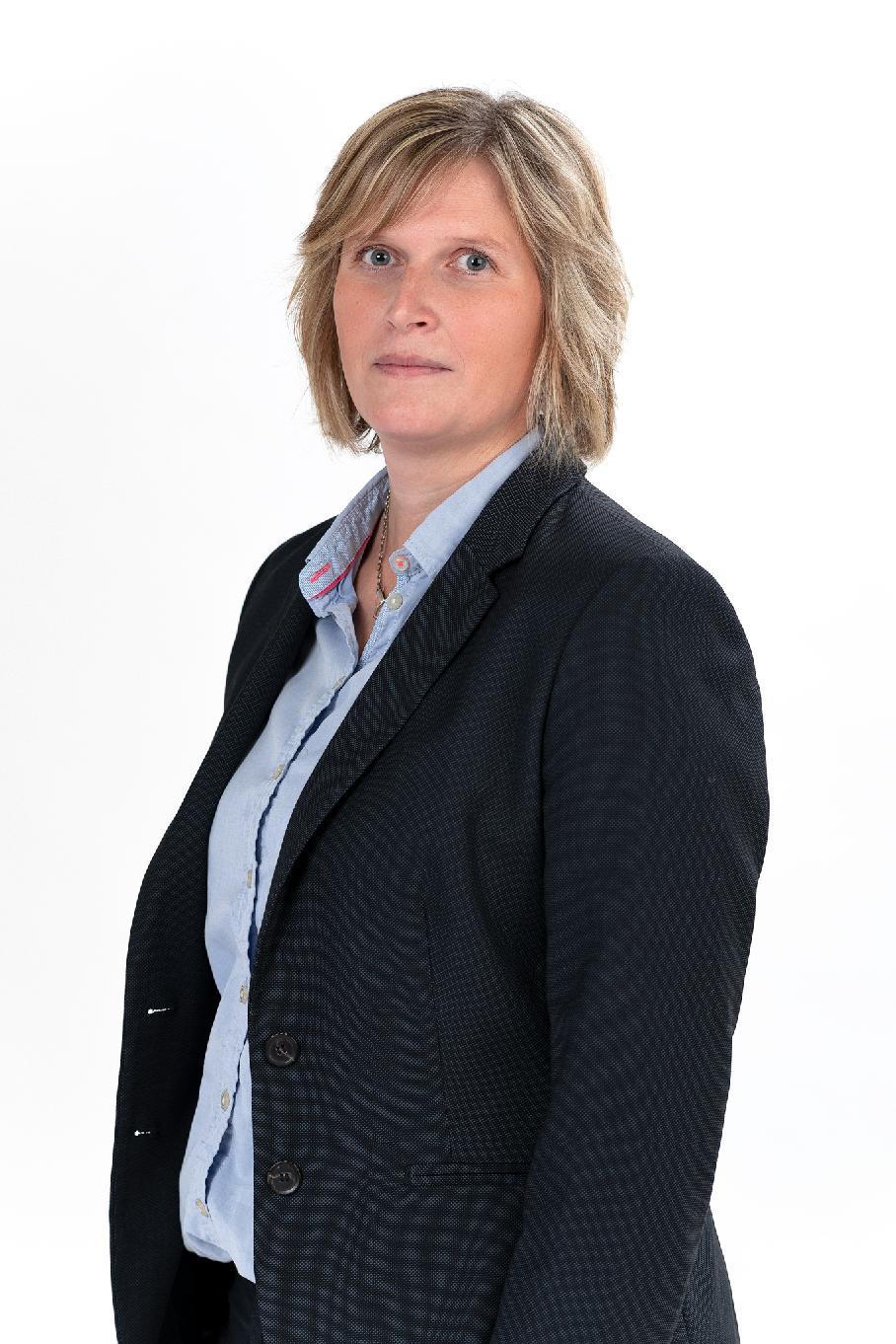 Martina Holmström, yhteystiedot osuuspankki Raaseporin johto