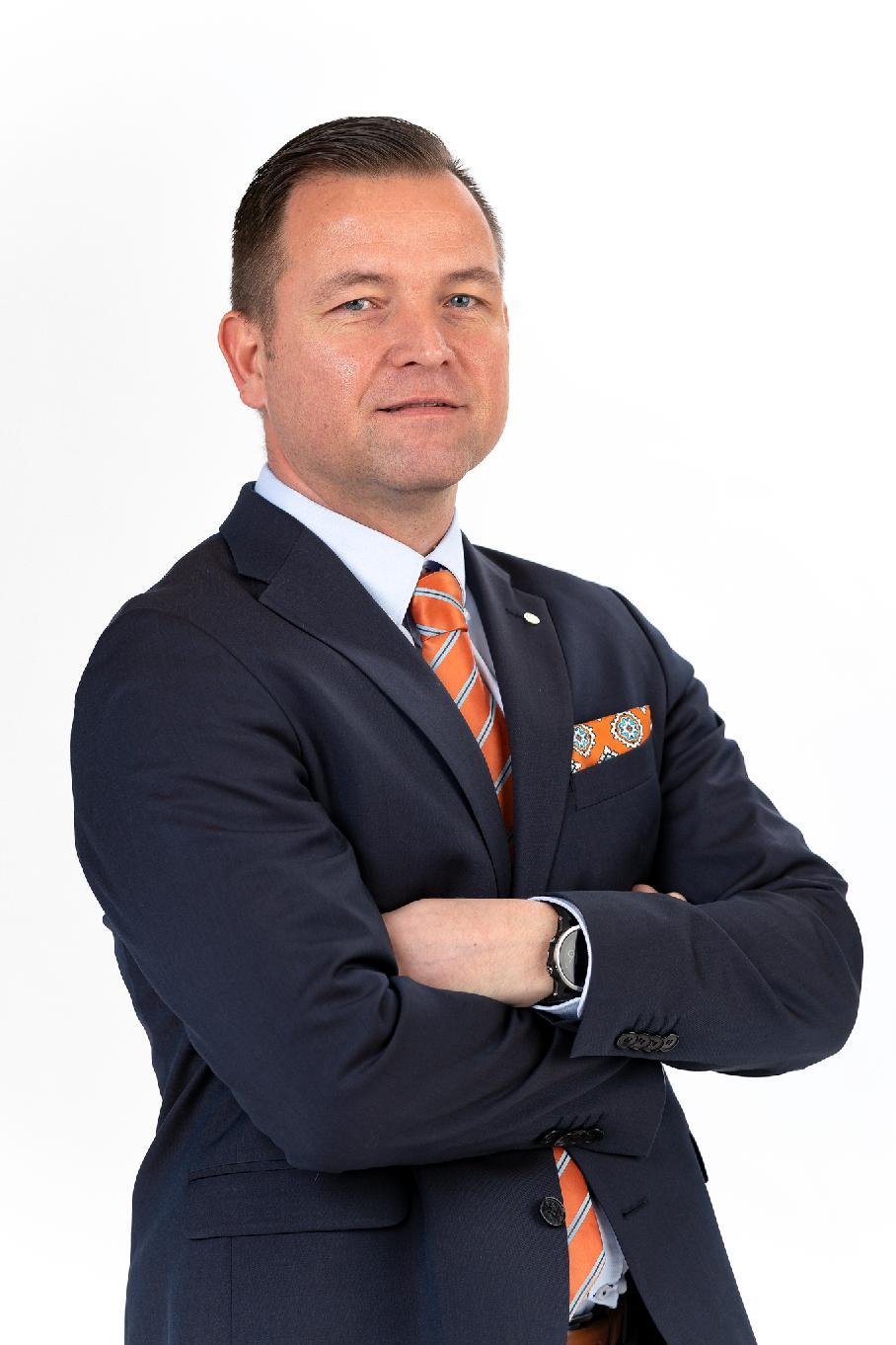 Mats Enberg toimitusjohtaja yhteystiedot