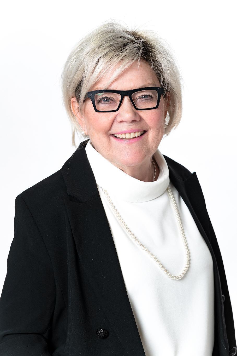 Katarina Forsström kundrådgivare kontaktuppgifter Andelsbanken Raseborg Yhteystiedot Osuuspankki Raasepori päivittäispalvelut