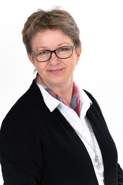 Inger Nyberg kontaktuppgift sparande placeringar andelsbanken raseborg yhteystiedot osuuspankki raasepori säästäminen sijoittaminen